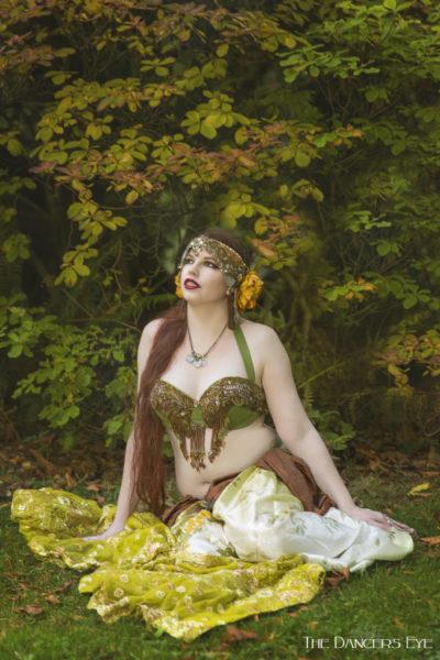 Belly Dancer Sophia Ravenna